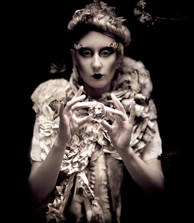 Kirsty Mitchell - Incantation