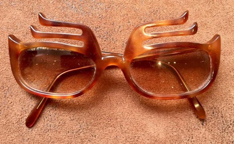 Leon Strous - Glasses 5