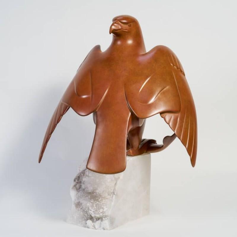 Evert den Hartog - Roofvogel met Prooi