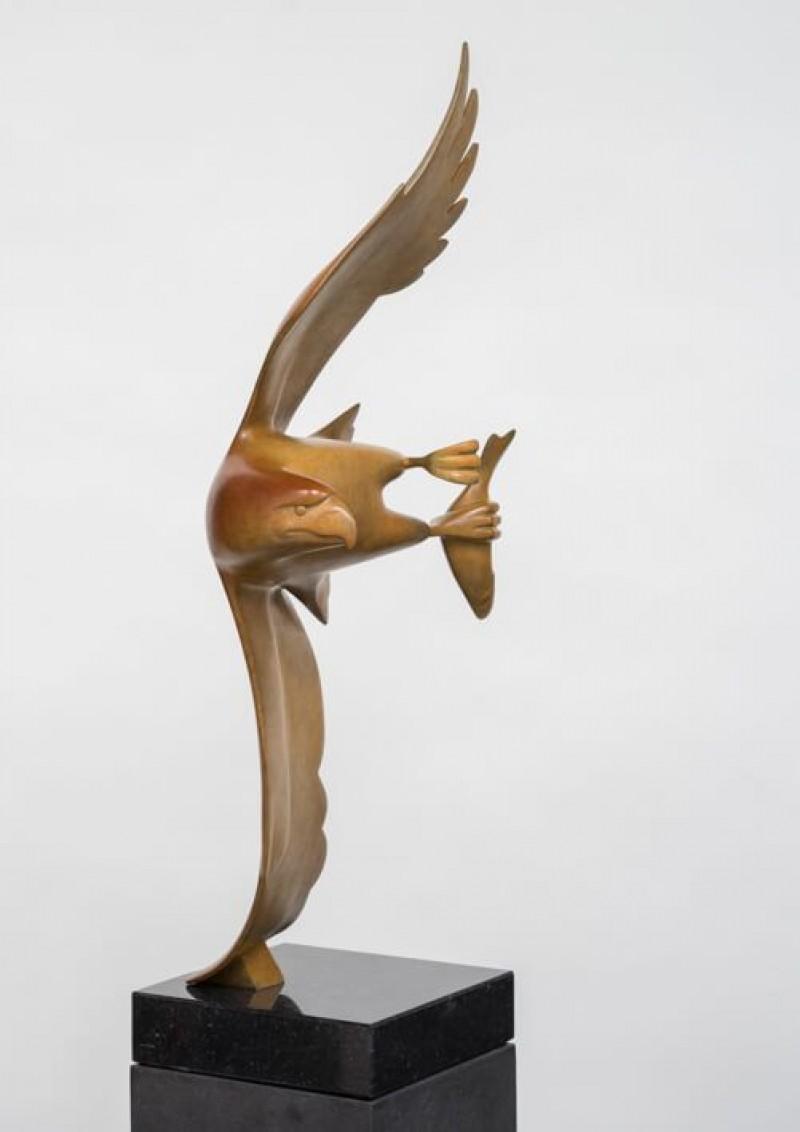 Evert den Hartog - Roofvogel met vis No 4