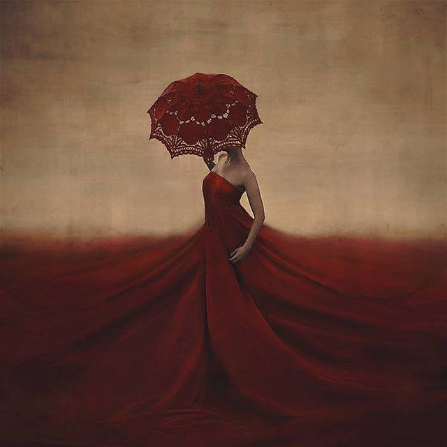 Brooke Shaden - The creation of blood and bones